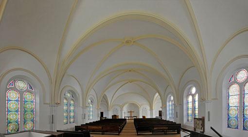 intérieur du temple - église de Batignolles